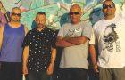 """Os Cabeloduro: banda brasiliense retrata o Brasil no álbum """"A Gente só se Fode!"""""""
