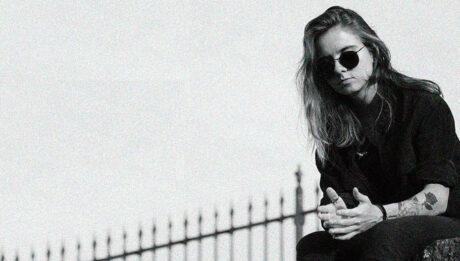 Anna Luísa Moraes, guitarra e vocal da Blizterin' Sun
