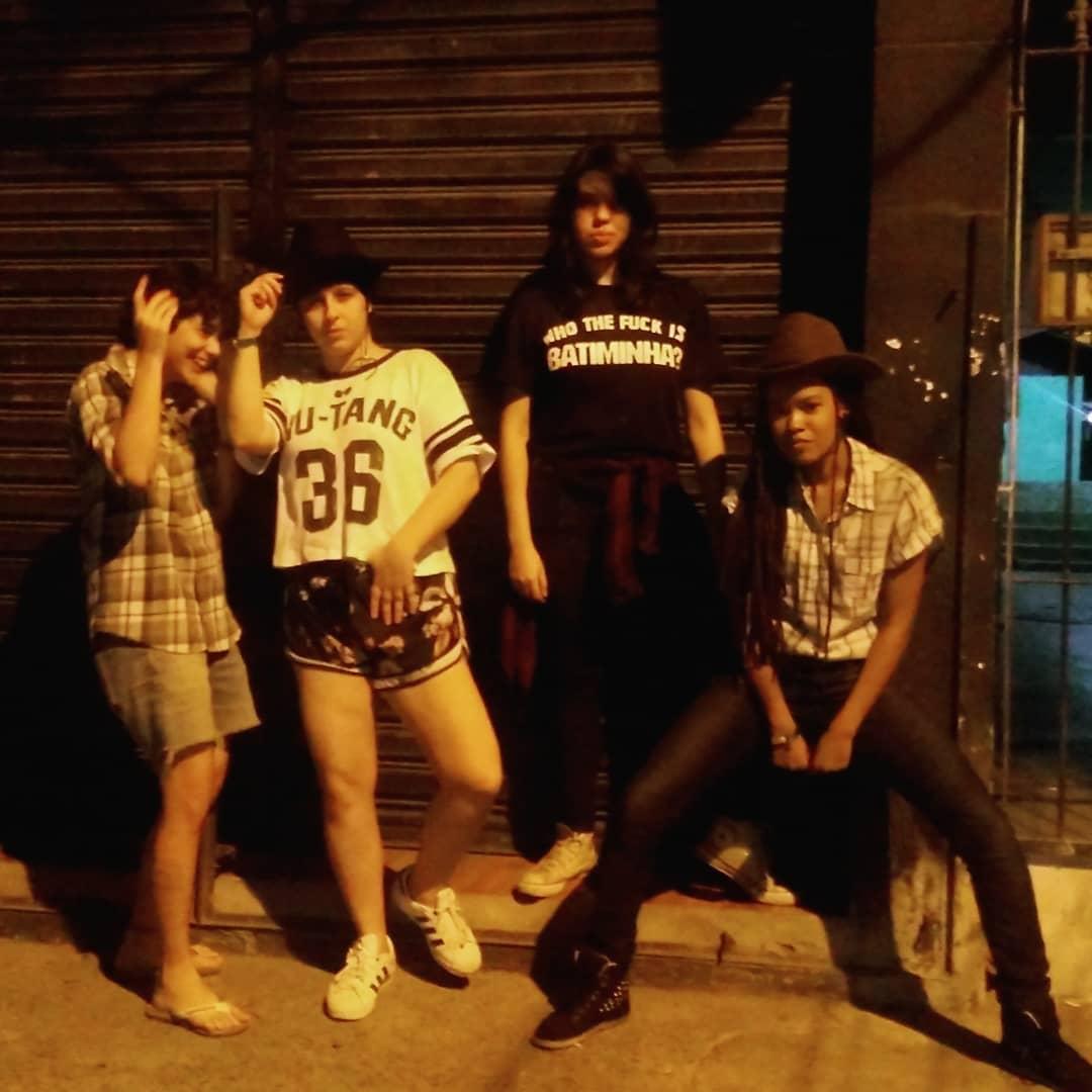 Thaís Catão com a banda Kinderwhores - Foto: arquivo pessoal